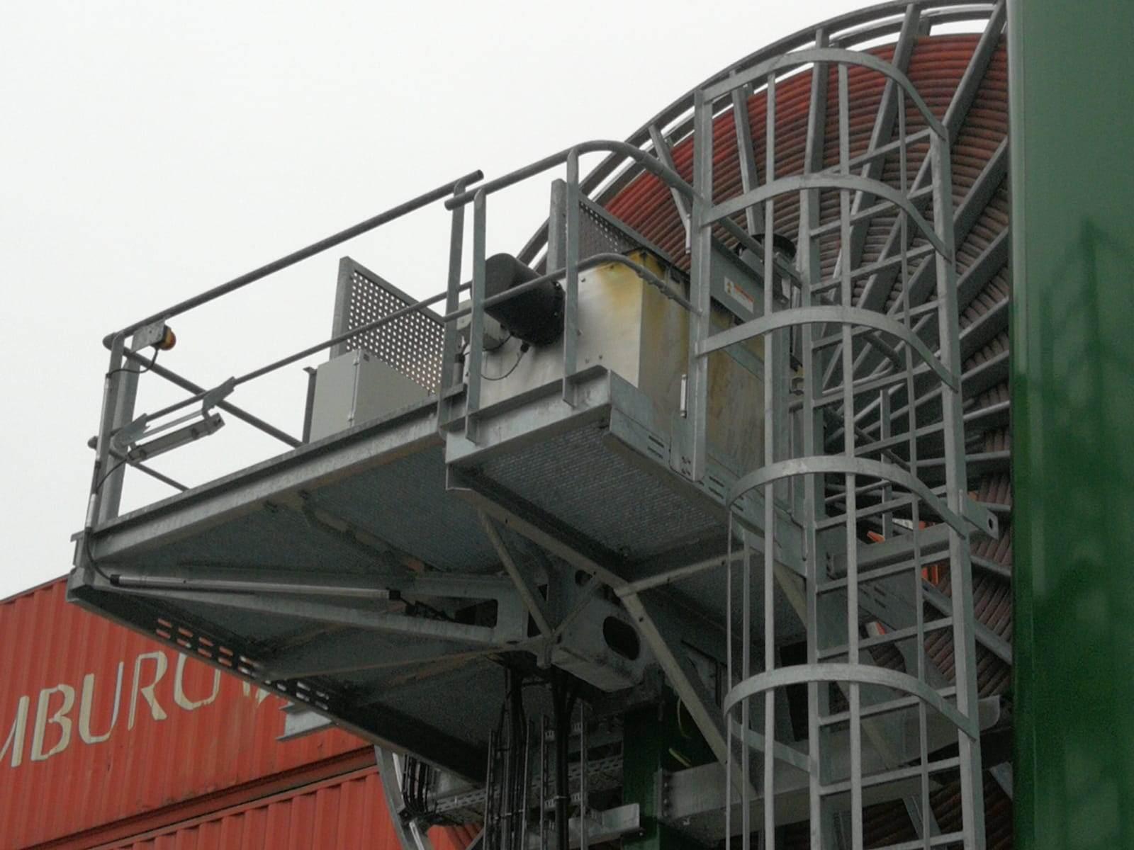 20200102-E-1-10kV-Kabel-Portal-Kran-beschädigt