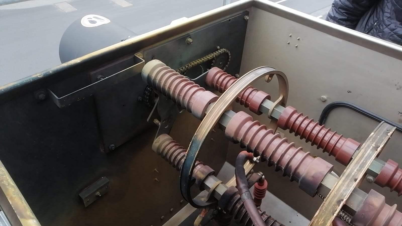 20200102-E-7-10kV-Kabel-Portal-Kran-beschädigt